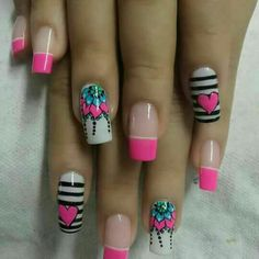 Cute pink and black nail art Fabulous Nails, Perfect Nails, Cute Nail Art, Beautiful Nail Art, Fancy Nails, Pretty Nails, Hair And Nails, My Nails, Edge Nails