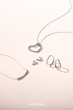 Show your wonderful true colours with this sculptural rainbow-inspired set. Turn heads with a beautiful collier or pendant and highlight your look with arc-shaped earrings and rings, all crafted in high-quality sterling silver.