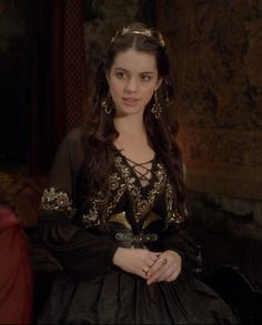 Reign Fashion, Fashion Tv, Fashion Show, Reign Mary, Mary Queen Of Scots, Reign Dresses, Royal Dresses, Reign Serie, Isabel Tudor