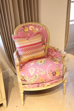 Love this French inspired chair by Drexel Heritage.