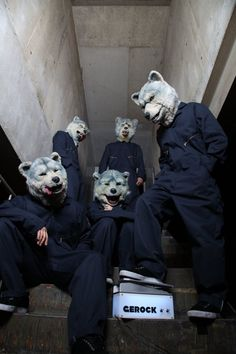 MAN WITH A MISSION - Photos