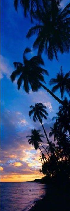 Romantic skies in Molokai, Hawaii • photo: Peter Lik Fine Art Photography