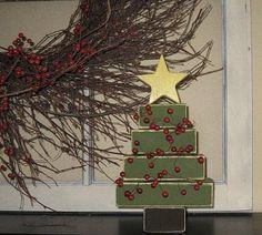 2x4 christmas craft | 2x4 Christmas tree | Wood Crafts