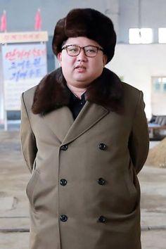 Sad Irony:  Kim Jong Un balloons to 300 pounds as famine nears (notice how EVERYONE around him looks skeletal)