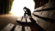 Novedoso método permite identificar a personas con pensamientos suicidas /  Caracas.- Un equipo de científicos ha descubierto un novedoso método en el cual se permite identificar a personas con pensamientos suicidas, a través de un análisis en las alteraciones producidas en el cerebro, cuando representan ciertos conceptos, de acuerdo con lo publicado por la revista Nature. El estudio liderado por los
