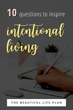 Are you ready to start your intentional living journey? Just need the motivation to keep living life with purpose? In this blog post, I'm sharing my top 10 favorite questions to inspire intentional living!  Daily journal prompts. Self discovery journal prompts. Self improvement journal prompts. Simple living ideas. Daily Journal Prompts, Journal Ideas, Journal Questions, Favorite Questions, Welcome To The Group, Life Plan, Mindful Living, Kids Health, Life Advice