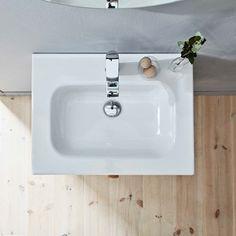 | Badrumsinspiration | Tvättställ Thin. Tvättställ i tunt porslin med mjuka former. Passar till badrumsmöbeln LessMore.  | Ballingslöv.