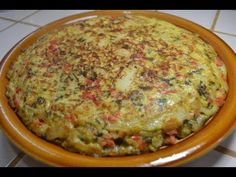 Tortilla Española a mi estilo - Yummy Breakfast - Pastel de Tortilla Spanish Omelette, How To Make Tortillas, Puerto Rican Recipes, Comida Latina, Island Food, How To Cook Quinoa, Quinoa Salad, Potato Recipes, Food Hacks