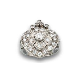Sortija Art Deco, platino y diamantes