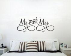 Sr. y Sra. pared muestra arriba cama Decor Señor y señora