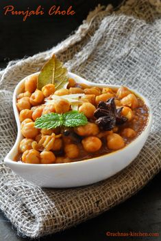The best Indian combo - Punjabi Chole and Bhatoore   Find recipe here http://www.rachnas-kitchen.com/chole-masala-punjabi-chole-recipe-chana-masala/  #chole #rachnaskitchen #batoore