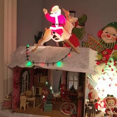 Still playing with my pixie Christmas house.  I forgot about this Santa light from estate sale land.