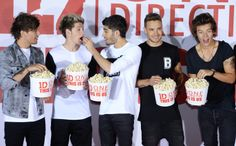 10 Crazy-Cute Pics from the 'One Direction: This Is Us' Event | Twist