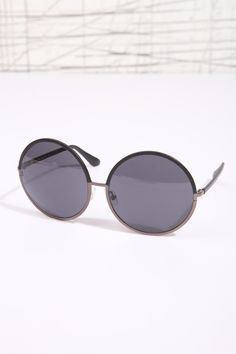 "House of Harlow ""Imagine"" Sonnenbrille bei Urban Outfitters"