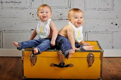 One Year ( 1 year old) twin photo shoot image. Picture ideas in a studio.