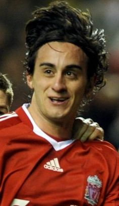 Alberto Aquilani's agent has claimed that the Liverpool playmaker will decide his future this week.