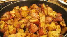 Fűszeres burgonya a sütőből Red Potato Recipes, Potato Dinner, Sweet Potato, Cauliflower, Casserole, Fries, Paleo, Dinner Recipes, Potatoes
