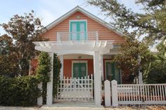 House of Turquoise: Turquoise Houses of Seaside, Florida. My next project. Cottages And Bungalows, Beach Bungalows, Cabins And Cottages, Beach Cottages, Seaside Florida, Florida Home, Cozy Cottage, Cottage Homes, Prairie House