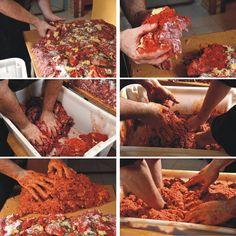 Csabai kolbász - Piroskockás Pickling Cucumbers, Hungarian Recipes, Pulled Pork, Pickles, Household, Food And Drink, Appetizers, Breakfast, Ethnic Recipes