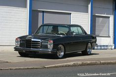 Mercedes Benz W114 280C Coupe on AMG Aero I Wheels 01
