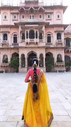Choli Designs, Lehenga Designs, Girl Photo Poses, Girl Photos, Indian Wedding Video, Shadi Dresses, Bridal Lehenga Choli, Kurti Designs Party Wear, Girls Dream