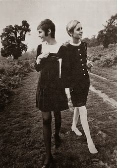 Retro Fashion Love fashion - especially twiggy - Sixties Fashion, Retro Fashion, Vintage Fashion, Sporty Fashion, 1960s Mod Fashion, Fashion Sewing, Retro Mode, Mode Vintage, Mods Moda
