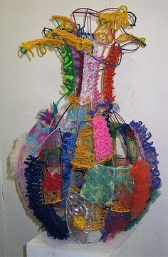 Textile Art 176062666656384200 - combine with facial wire sculpture to give dimension with color. Sculpture Lessons, Sculpture Art, Wire Sculptures, Abstract Sculpture, Bronze Sculpture, Textiles, Art Doodle, Stylo 3d, Textile Fiber Art