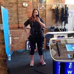Severe DOMS for last 2 days post a training session with a difference with @exerceotraining.co.uk booked through @somuchmoreHq - I was hooked up to an electrical stimulation machine & then did resistance work & weights. Great for rehab & joint issues. Not ached this much in years! #ladieswholift #londonfitness #fitness #training #workout #strongnotskinny #hbloggers #healthylifestyle #fitnesstrends #weights #weightloss #fatloss #musclebuilding #ukfitfam #fitfam