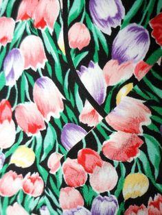 Kitty's Vintage Ltd: cute 1970s tulip blouse