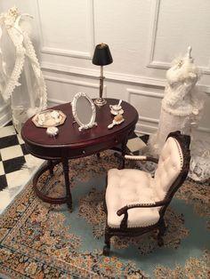 Gail Steffey, IGMA artisan - Ladies Dressing/Vanity Set