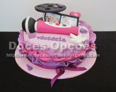 Doces Opções: Bolo Disney's Violetta