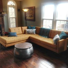 Love the sectional but not the round iron table
