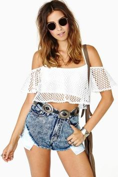Float on crop top croptop fashion moda Pretty Outfits, Cool Outfits, Love Fashion, Fashion Outfits, Fasion, Summer Outfits For Teens, Summer Clothes, Crop Top Bikini, Swagg