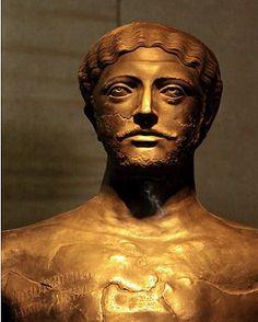 "Bronze statue of Dhamar Ali Yahbur. ""King of Saba, dhu raydan, Hadrmawt and Yamant"" (Himyarite Kingdom) late 3rd-early 4th century AD."