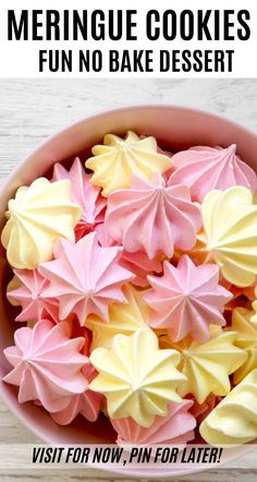 Meringue Cookies Looking for a fun dessert that kids can help make? You have to try these No Bake Meringue Cookies! They're easy to make and taste delicious! Easy Meringue Cookies, Baked Meringue, Meringue Cookie Recipe, No Bake Cookies, Yummy Cookies, Cookie Recipes, Meringue Kisses, Chip Cookies, Merangue Recipe