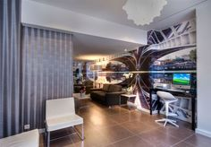 Lounge area at the Moderne Saint Germain Hotel in Paris