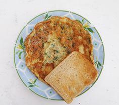 masala omelette + toast. Omelette, Breakfast Recipes, French Toast, Veggies, Ethnic Recipes, Food, Omelet, Vegetable Recipes, Vegetables
