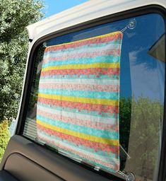 With the days of hot sunshine fast-approaching, now is the perfect time to start sewing up some easy sewing projects for the summer. This DIY Car Sun Shade is the perfect place to start. Easy Sewing Projects, Quilting Projects, Sewing Hacks, Sewing Tutorials, Sewing Crafts, Sewing Patterns, Dress Patterns, Baby Sewing, Free Sewing