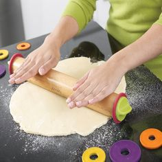 We love Tuesdays and Bake Off! Have you seen this Joseph Joseph adjustable rolling pin being used on the show - it's our new favorite and is available in The Great House. Spelt Bread, Spelt Flour, Bbc Bake Off, Gbbo, Joseph Joseph, Great British Bake Off, Roasting Pan, Rolling Pin, Kitchen Accessories