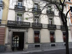Palacio de López dóriga. Pº de Recoletos, 15. Francisco de Cubas (marqués de Cubas), 1872. Actualmente pertenece a la Caixa de Catalunya.