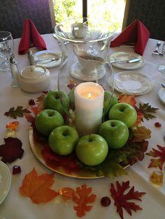 Thanksgiving: Fall Apple & Leaves Centerpiece Decor