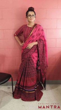 Lovely Parvathy strikes again in a Shalini James ensemble! This time in this Indian by choice saree, at the North American Kerala Film Awards. Isn't she a stunner with that top knot, her signature frames and beautiful silver jhumkas? We love this look on you Parvathy! And very happy that you chose a look from the Mantra stable while you represented Kerala; surely a proud moment for us! #Parvathy #IndianbyChoice #ShaliniJames #ShaliniJamesMantra