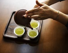 7 Japanese Anti-Aging Secrets to Look Young Even After Your – Organic Welcome Health Remedies, Home Remedies, Natural Remedies, Full Body Detox, Natural Detox Drinks, Green Tea Benefits, Dieta Paleo, Dieta Detox, Fat Burning Detox Drinks