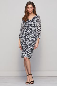 Rhiannon Floral Stretch Black and White Dress Stretch Dress, Neck Pattern, Types Of Sleeves, Stretches, White Dress, V Neck, Black And White, Floral, Casual