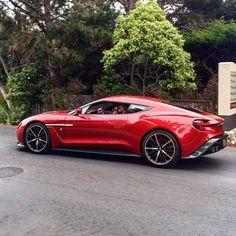 Aston Martin Vanquish Zagato #astonmartin @lartdelautomobile @astonmartinlagonda #astonhillclassics