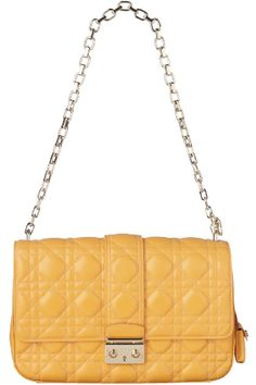 Lady Dior, Chanel, Passion, Shoulder Bag, Fashion Outfits, Classic, Bags, Life, Derby