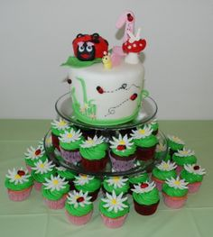 - For my daughter's first birthday. Chocolate chip and strawberry cupcakes with vanilla buttercream. Cake covered in fondant with fondant and gumpaste accents. TFL!