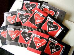 "valentine folders for ""Pop Rocks"" candy - tHe fiCkLe piCkLe: Valentines"