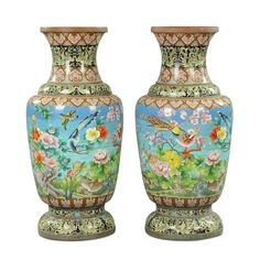 A pair of large cloisonné enamel vases, Qing Dynasty