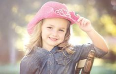 Girl from America  http://hdimagelib.com/cute+kids+images